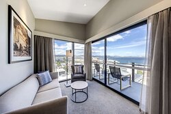 vibe hotel hobart two bedroom apartment lounge