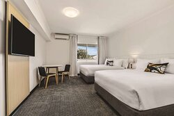 travelodge resort darwin guest room twin double
