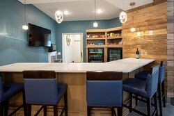GrandStay Spicer Lounge Grand Pantry