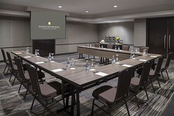 Modern and dynamic venues for your next meeting