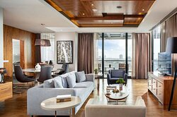 Presidential Suite with Terrace - City View