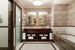 Stateroom King Bathroom At Adare Manor