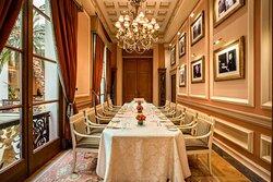 Churchill's - Dinner Set-Up