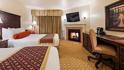 Two Double Beds with Fireplace