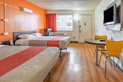 Motel 6 Joliet  Double