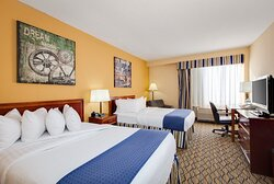 Holiday Inn Two Double Beds