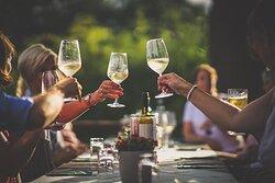 Köstliche Weine der Region im Forsthaus Lauschhütte geniessen.