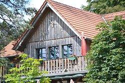 Rustikal und gemütlich. Die Lauschhütte im Binger Wald auf 585mNN