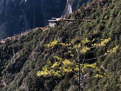 Shangri-la Grand Canyon. Balagezong