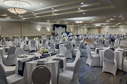 Lakeshore Ballroom - Banquet setup