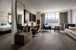 Hospitality Suite - Mountain Views