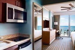 Residential Studio - Ocean View King Bed