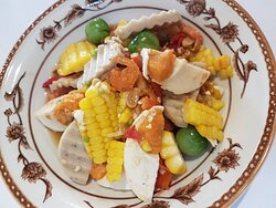 Corn spicy salad with salted egg