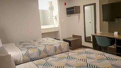Motel Bellflower CA full beds