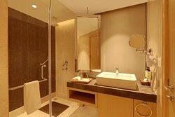 Deluxe suite, bathroom