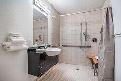 Motel College Station TX Bathroom ADA RI