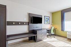 Holiday Inn Express Atchison KS ADA