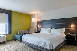 Holiday Inn Express Atchison KS King