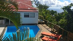 The pool with a fully refurbished deck. Again a pricture form the Turtle cottage view.