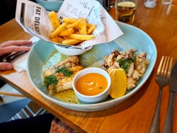 grilled fish and sesame-crusted calamari with chips (Chips were awesome)