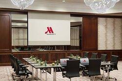 Al-Waha Meeting Room - U-Shape Setup