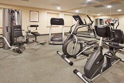 Fitness Center at hotel nears Masters Golf Tournament