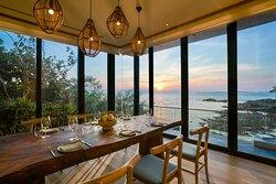 Beach Retreat - dining room