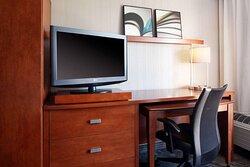 snalh guest room work area