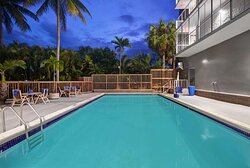 Motel Culter Bay FL Pool