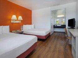 Motel Oceanside double