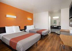 Motel Temecula Rancho CA Beds