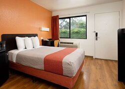 Motel Camarillo CA Single