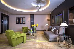 Guest Floor Lobby Lounge