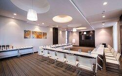 Senate II Meeting Room