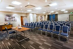 Hold large meetings and events in our meeting rooms