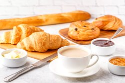 Enjoy hot or cold breakfast at our hotel in Bexley