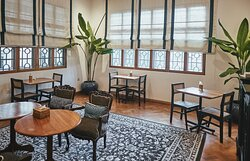 W Bistro's 1st Floor Seating For Groups of 2 and 4