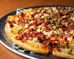 "Pizza ""El Buey"" – Seven (7) different meat!"