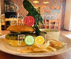 Hamburguesa vegana de lenteja!! 🍔🌱  Puede hacer tus pedidos al ☎️ 712 200 0716   #groundfood  #vegan  #valledebravo