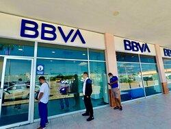Centro maya shopping center has Banks, ATMs, etc...