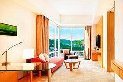 Club Corner Suite - Living Room