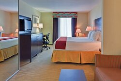 JR KING SUITE- OPEN AIR DESIGN WITH PULL OUT COUCH