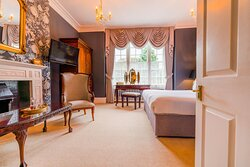 Lady Buckley Room at Plas Dinas Country House