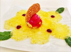 Carpaccio d'ananas & son tartare de fruits frais