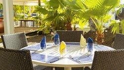 Table intérieure patio