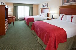 Holiday Inn Elk River Hotel 2 Queen Guest Room