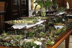 Details at manor restaurant - grand buffet.