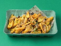 Картофель фри с грибами в SOS.CAFE