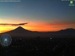Vista Volcanes en anochecer