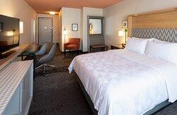 Queen ADA Room with roll in shower